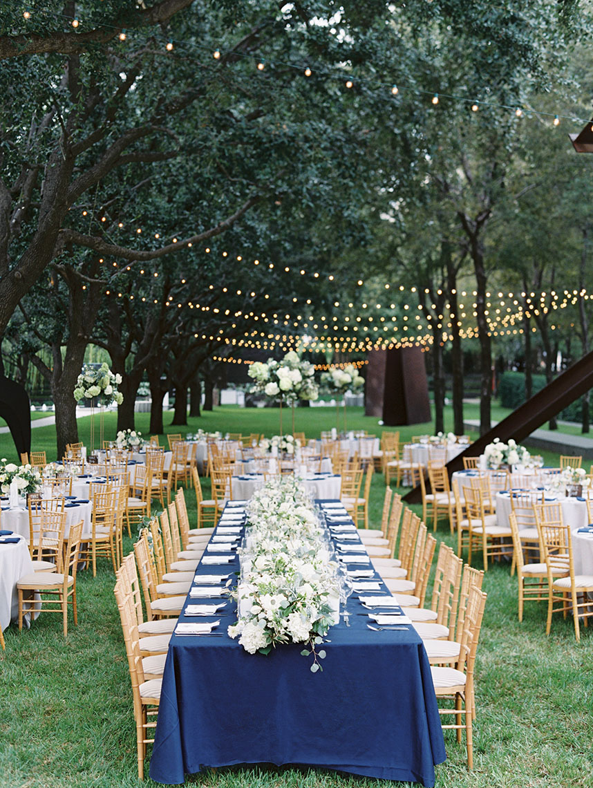 An Al Fresco Navy and White Wedding